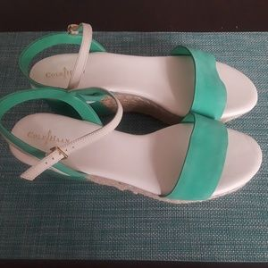 Brand New Cole Hahn leather sandals with a 2 inch